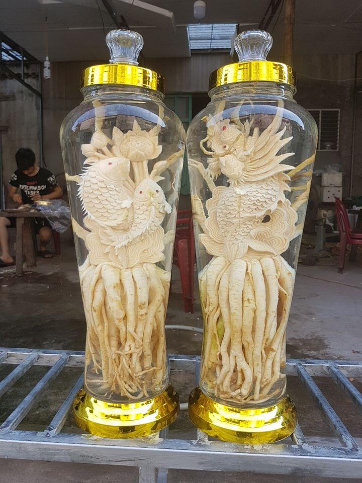 Cá chép hóa rồng - Bình 7 lít - Đinh lăng điêu khắc