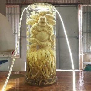 Di lặc bên gốc tùng - Đinh lăng điêu khắc - Bình 19 lít